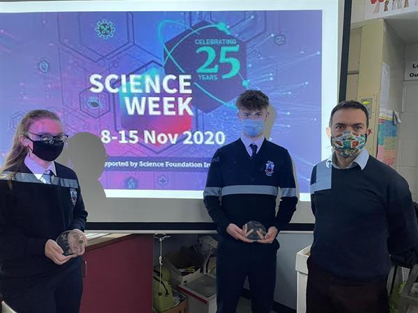 Presentation of Science Week Prizes